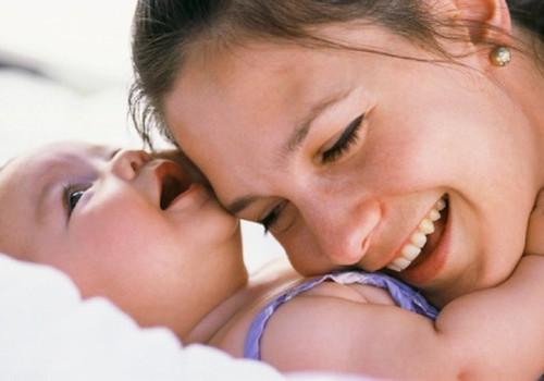 Kūdikis – mamos veidrodis
