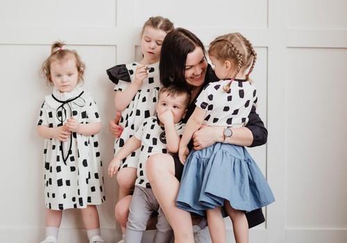 """Mamų verslas: vaikiškų drabužių prekės ženklas """"Rock and Mouse"""""""