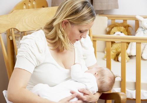 Kas neramina žindančias mamas: 5 esminės problemos