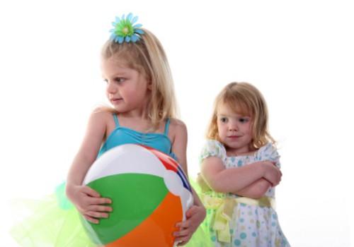 Maži vaikai gali bijoti ir musės
