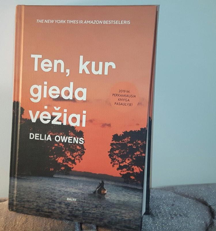 """Apie Delia Owens knygą """"Ten, kur gieda vėžiai"""""""