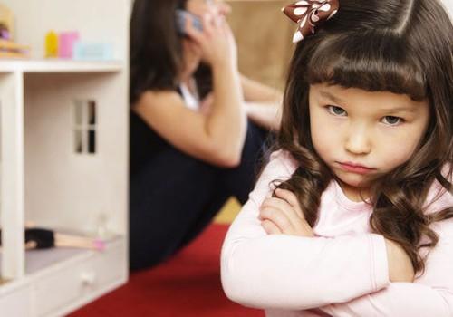 """Šimtas vaiko """"nenoriu"""": kaip elgtis tėvams?"""
