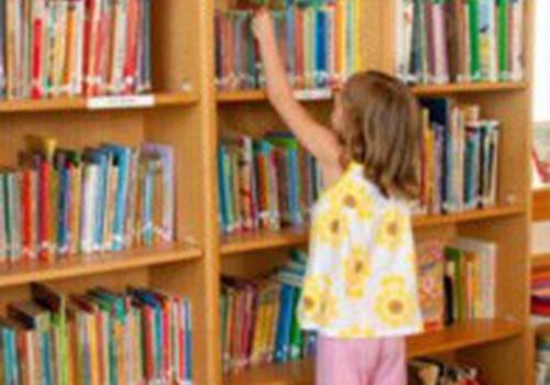 Su mažyliu – į biblioteką