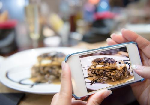 7 dalykai labiau erzinantys restorane, nei žindymas krūtimi