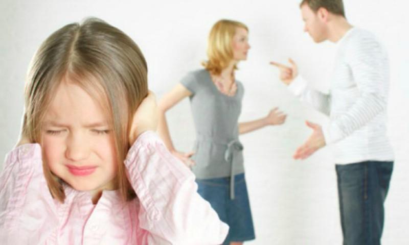 """Psichologė Aušra Kurienė: """"Didesnis pavojus vaikams – ne tėvų skyrybos, bet jų tarpusavio karas"""""""