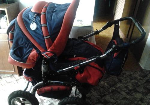Parduodu gerą vežimėlį kūdikiui ir vyresniam