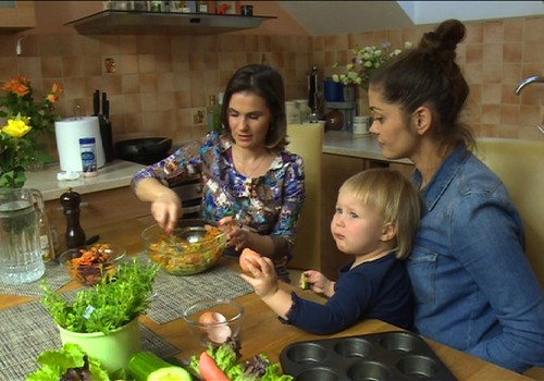 TV Mamyčių klubas 2016 01 16: apie pirmuosius batukus, geležį mityboje ir šeimos tradicijas
