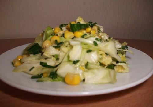 Gaiviosios šviežių kopūstų  salotos