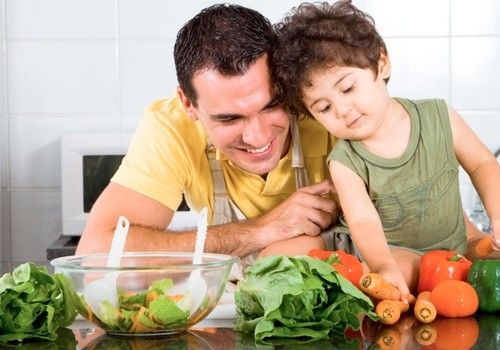 Ir žiemą gaminkime vitamingus patiekalus vaikams