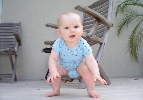 Mažylis bando stotis: į ką atkreipti dėmesį?
