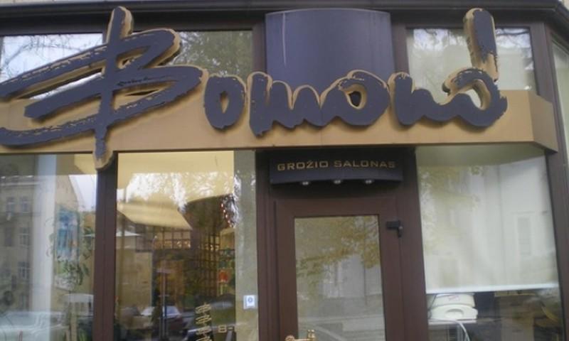 """III turas: Laimėk nemokamą kirpimą šeimai prestižiniame grožio salone """"BOMOND""""!"""