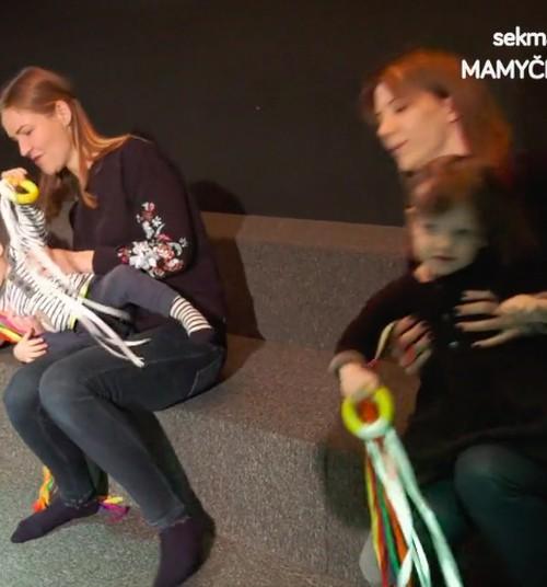 Ką matysite laidoje šį sekmadienį: kokia tinkama kosmetika kūdikiui, kaip saugotis nuo vabzdžių, meno užsiėmimai mamoms su mažyliais