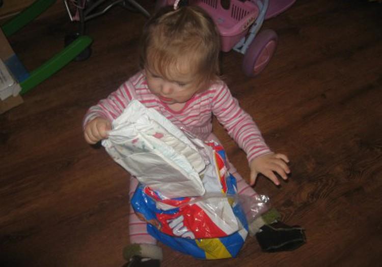 Huggies akcijos  - ir vaikų prekių pardutuvėse
