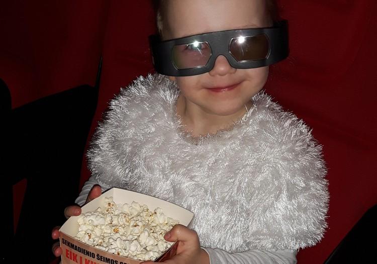 """Augustės dienoraštis:  pirmas kartas 3D kine (filmas """"Bulius Ferdinandas"""")"""