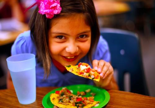 Ar vaikai apsaugomi nuo menkaverčio maisto?