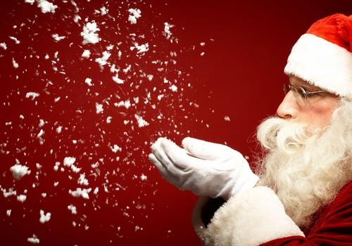 Specialistas atsako: Iš kur atkeliauja Kalėdų Senelis?