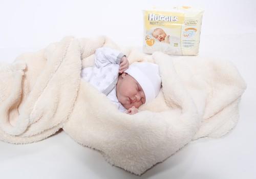 8 kūdikio savaitė: pirmoji mažylio šypsena