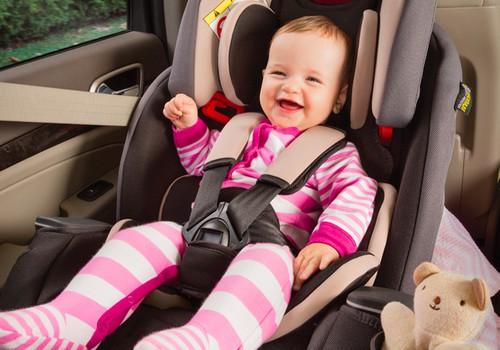 Kada automobilio kėdutėje vaikas tikrai saugus?