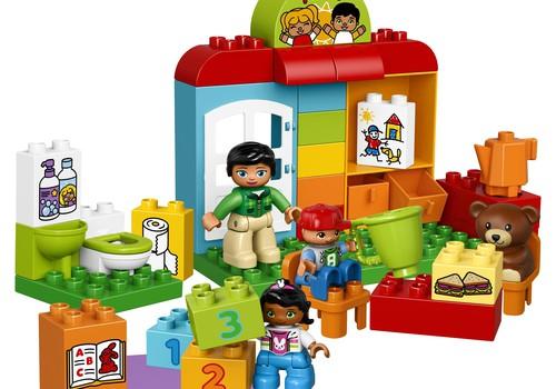 """Dalyvauk konkurse ir laimėk Lego DUPLO """"Vaikų darželis"""""""