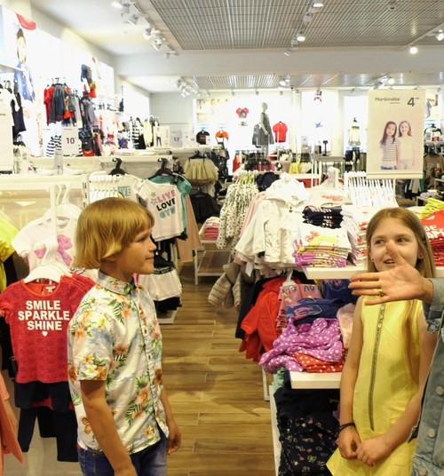 Vaikų apranga ir stilius: kas madinga VASARĄ?