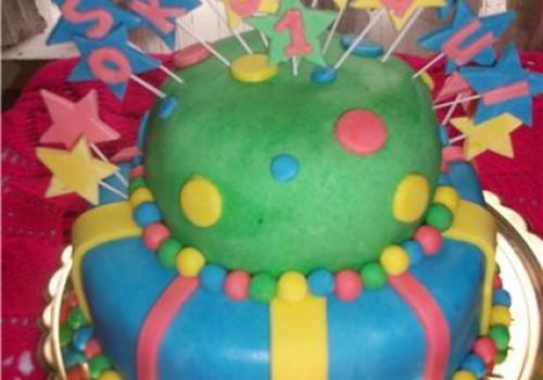 Torto papuošimo idėja: dengimas mase