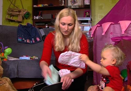 TV Mamyčių klubas 2015 04 18: genetiniai tyrimai nėščiajai, kaip mokytis žaisti su vaiku, svečiuojamės kačių kavinėje