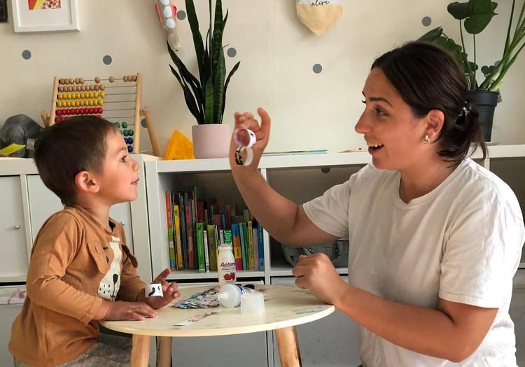 Londone gyvenanti Gintrė Valeikaitė pasakoja: ,,Vaikai darželius čia pradeda lankyti ganėtinai anksti''