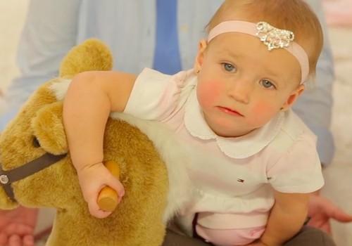 """VIDEO """"Kūdikis ant tavo rankų"""": Mažylis pažįsta naują aplinką"""