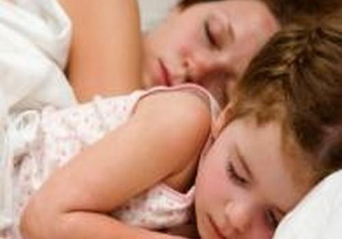Kaip penkiametę įkalbėti miegoti atskirai?