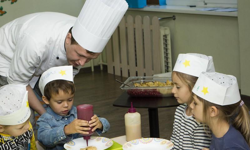 Ką daryti, kad vaikas valgytų daugiau daržovių? Pataria virtuvės šefai
