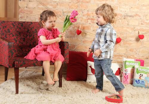 Rožinė spalva mergaitėms, melsva – berniukams?