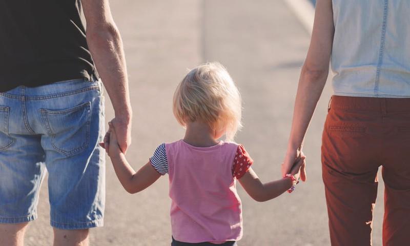 Kaip laikytis vaiko mitybos ir režimo atostogaujant?