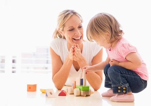 Norite pagirti vaiką? Prisiminkite 3 taisykles