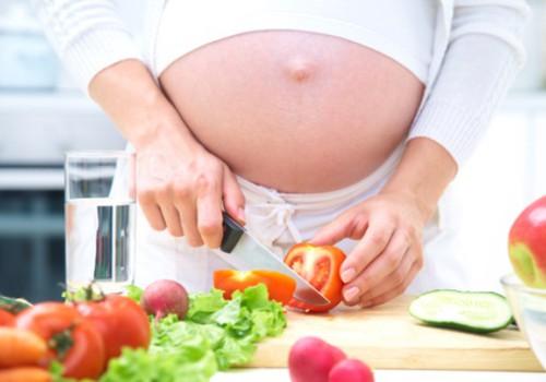 Kiek rekomenduojama priaugti svorio viso nėštumo metu?