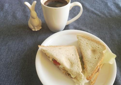 Antros Velykų dienos pusryčiai