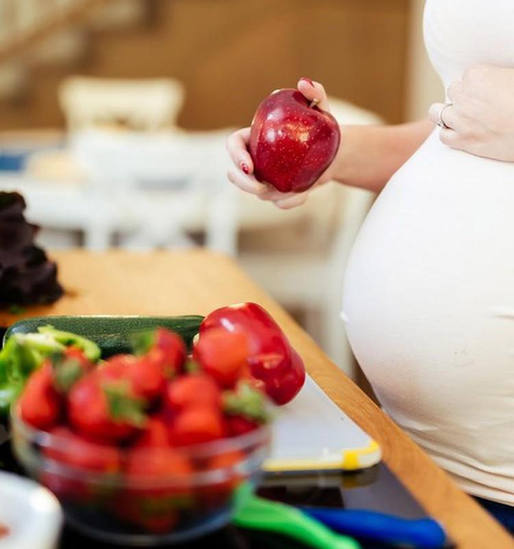 Būsimos mamos mityba: atsakome į jūsų klausimus