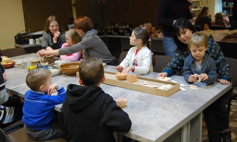 ADI keramikos studijoje mes beveik apsigyvenome :)