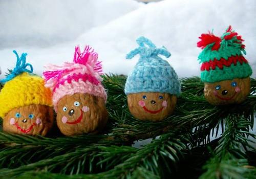Kalėdų dovanas pasidaryk pats: idėjos iš riešutų ir džiovintų vaisių
