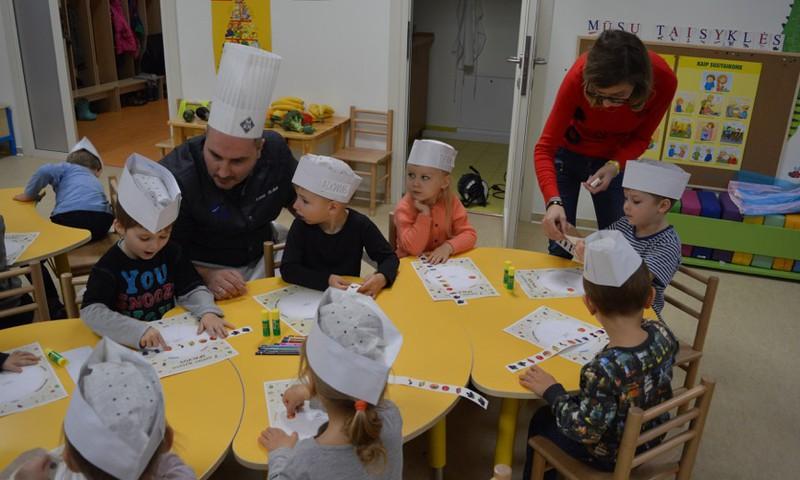 Šefai pataria: kaip išmokyti vaikus rinktis sveiką maistą