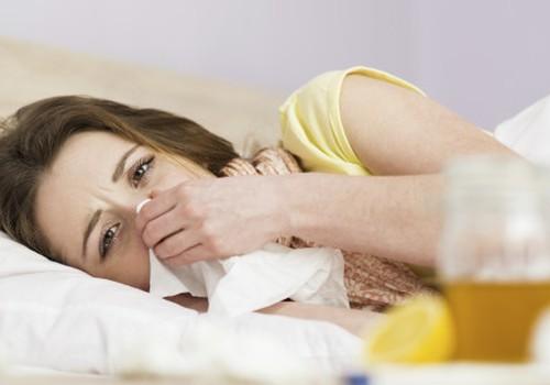 Kaip gydytis kūdikį maitinančiai mamai?
