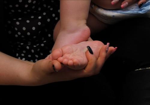 """VIDEO """"XXI amžiaus kūdikis"""": Kaip parinkti pirmuosius batukus"""