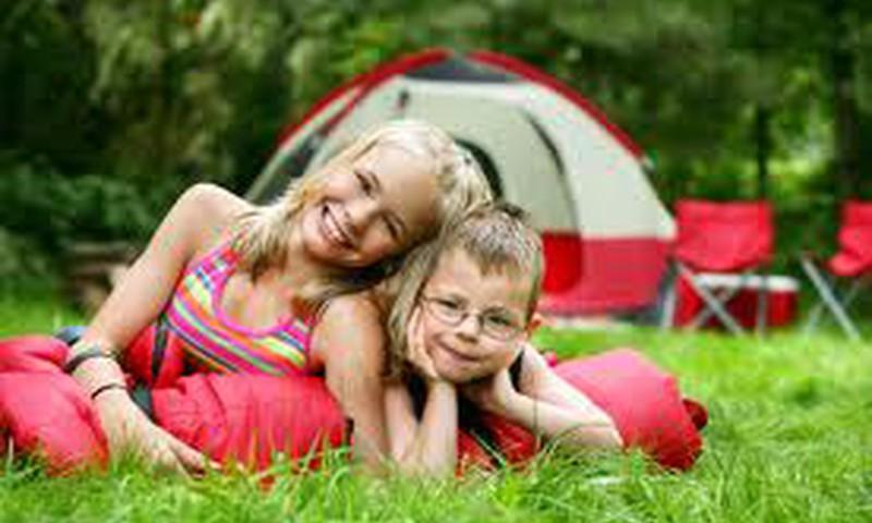 Kuo naudingos vaikų stovyklos?