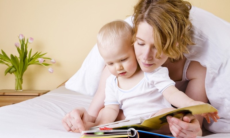 Jei 8 mėnesių mažylis nenori sėdėti: pataria kineziterapeutė Viktorija