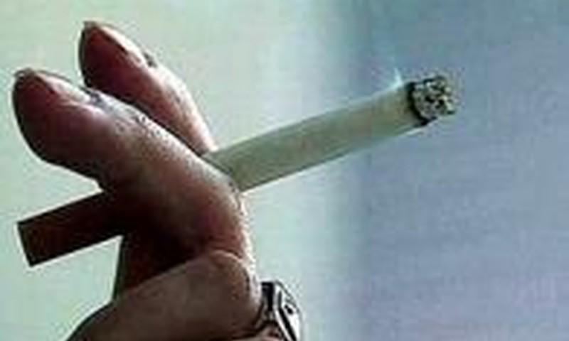 Ar galima rūkyti prie nėščiųjų ir vaikų?