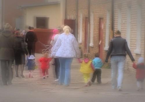 Mamų gyvenimas nelaisvėje: išskirtinis reportažas iš Latvijos įkalinimo įstaigos