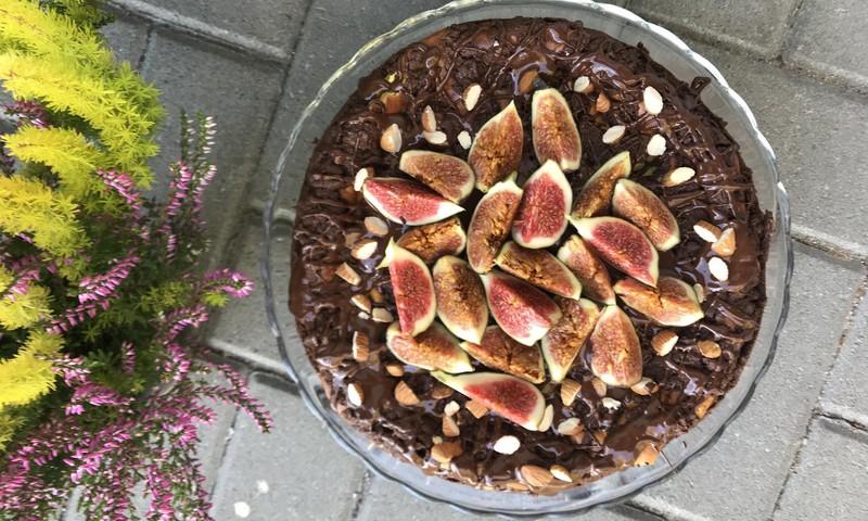 Karališkas šokoladinis varškės pyragas