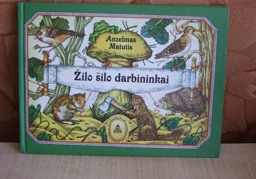"""Recenzija: Anzelmas Matutis """"Žilo šilo darbininkai"""""""