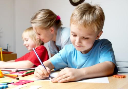 """Lengvesnis pirmoko kelias į mokyklą – su knyga!+ laimėk """"Meškiai eina į mokyklą"""""""