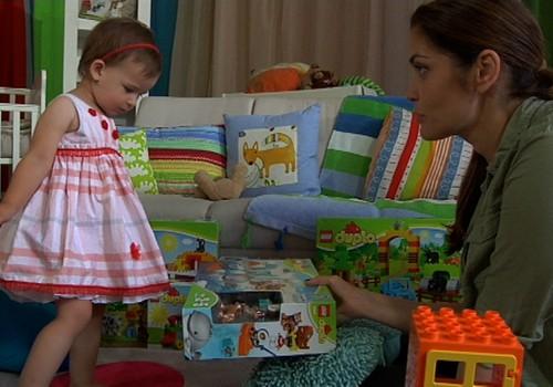 TV Mamyčių klubas 2016 09 18: grožio procedūros mamai, žaidimai pagal amžių ir Super mažylės maniežas