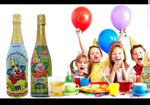 DISKUSIJA: Vaikiškam šampanui - NE! Ar pritariate?